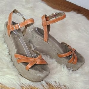 AEO orange leather strappy wedge sandals size 9